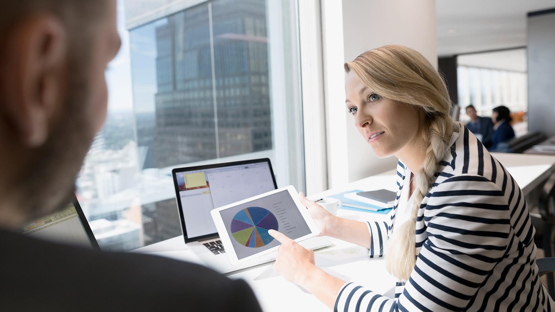 Using pipeline management software on desktop computer