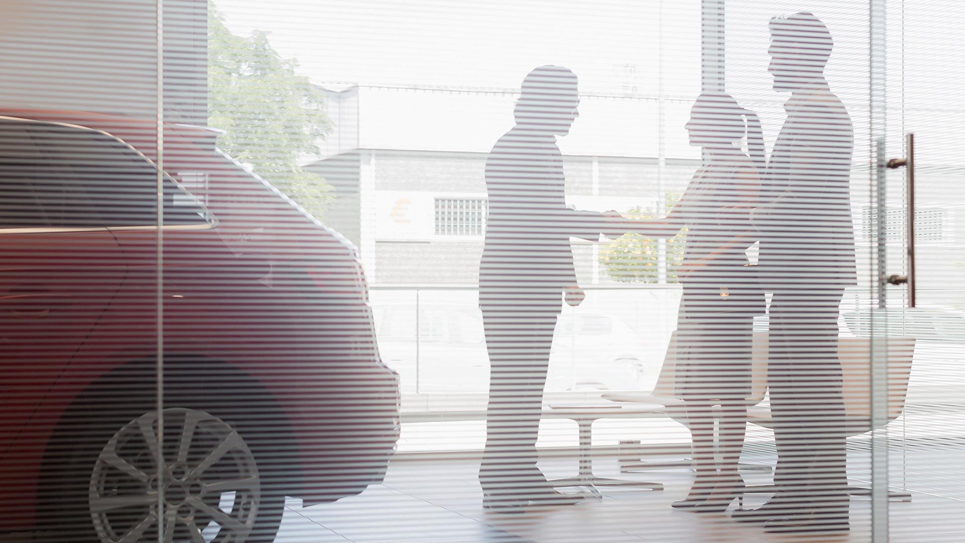 Explore Crowe Navigator for Dealers
